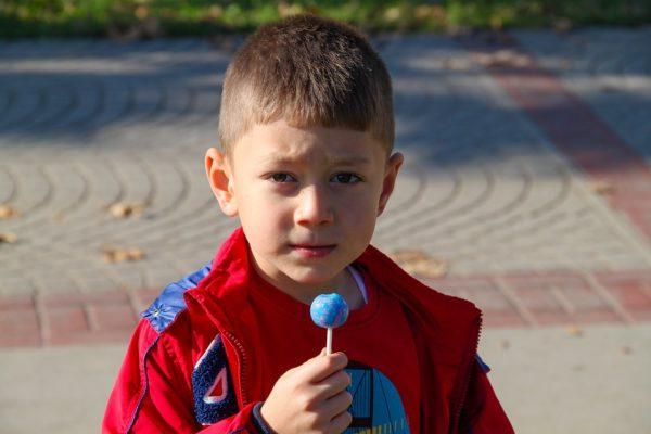 Чем заменить сахар ребенку