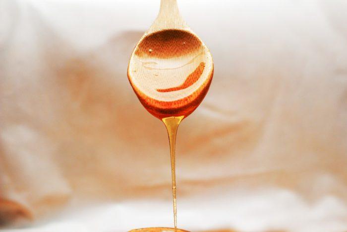 Чем заменить мед